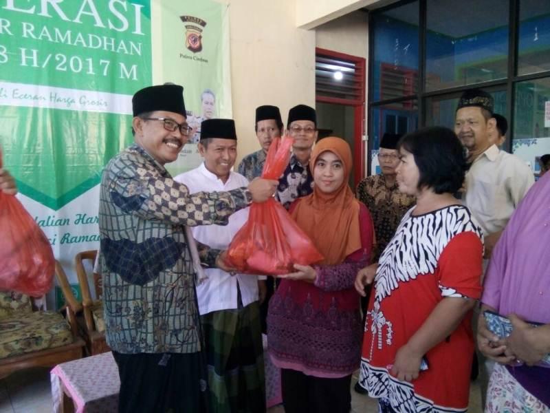PCNU Cirebon Minta Pemerintah Stabilkan Harga Sembako