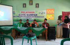 Sambut Hari Santri Nasional, LPBI MWC NU Gebang gelar Pelatihan Bank Sampah