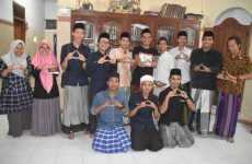 AIS Jawa Barat Gelar Roadshow ke Pesantren
