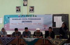 Tanamkan Sikap Toleransi, LP Ma'arif NU Kabupaten Cirebon-Fahmina Institute Gelar Sekolah Cinta Perdamaian